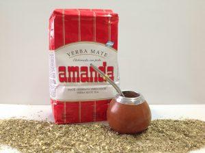 Mate Set. traditionelle Trinkweise mit einer Calabaza