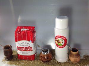 Mate Tee, Calabaza, Bombilla und Thermoskanne